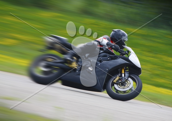 Sportbike Motorcycle Racer – Blurry Speed